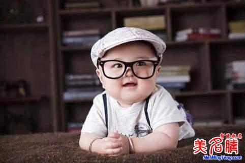 八字五行喜土的男宝宝起一个好听的名字